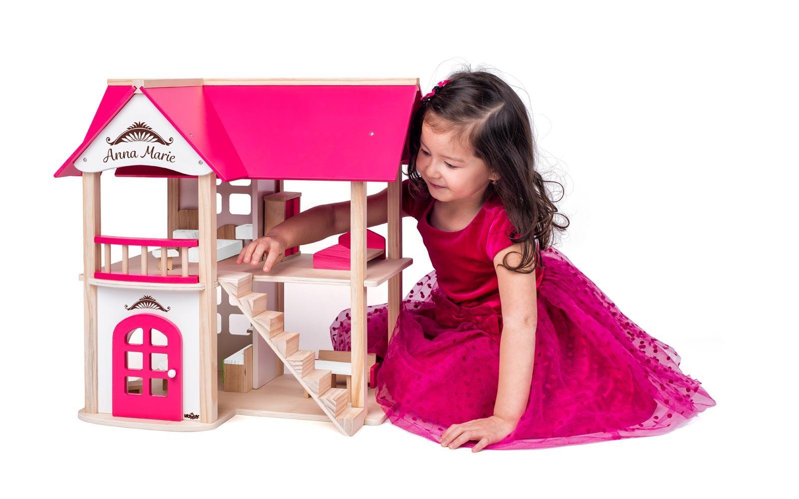 Hiška za punčke, ANNA MARIE